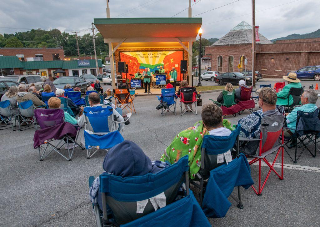 Wayne Henderson Concert in Marion Smyth County VA