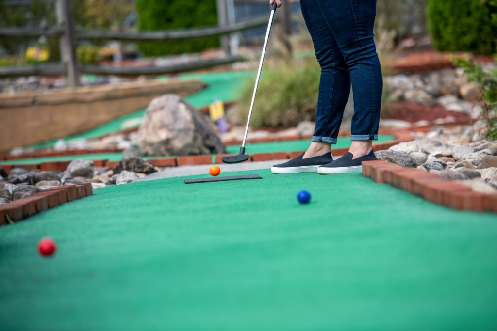 Putt Putt Golf retro family fun in smyth county VA
