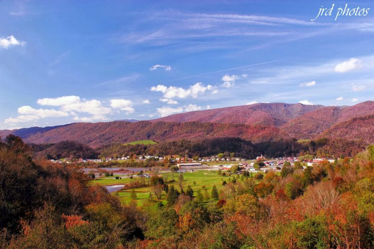 Saltville Overlook on Rt 107. Photo Credit : Just Another Day